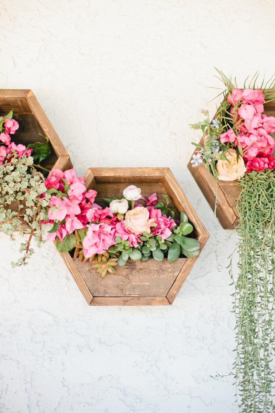 Creative Flower Decoration for Your Garden